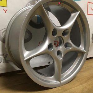 Покраска дисков в СПБ Porsche 911